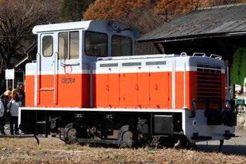 4_2007124